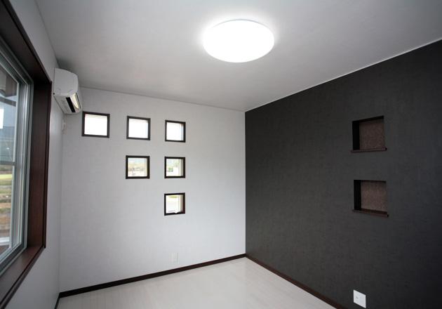 黒と白の壁