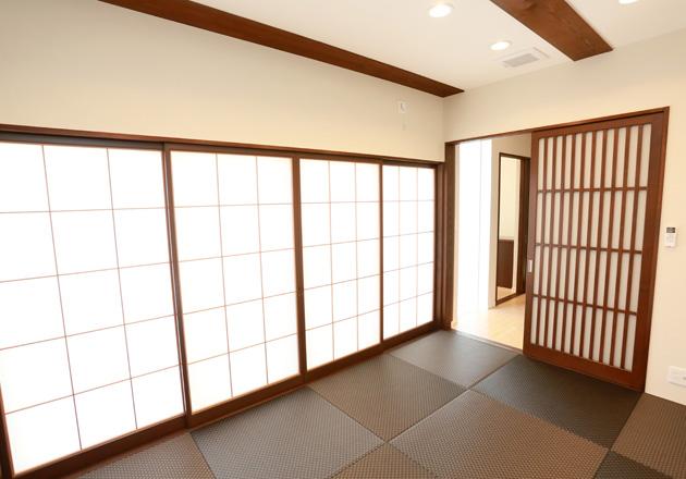 斬新なデザインの和室